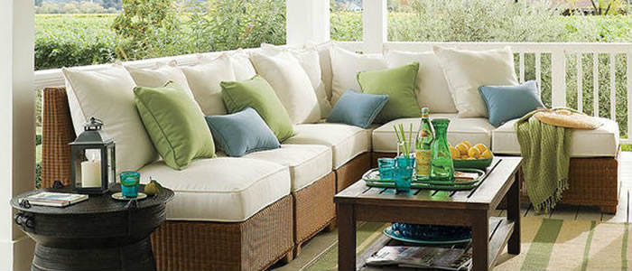 outdoor-throw-pillows