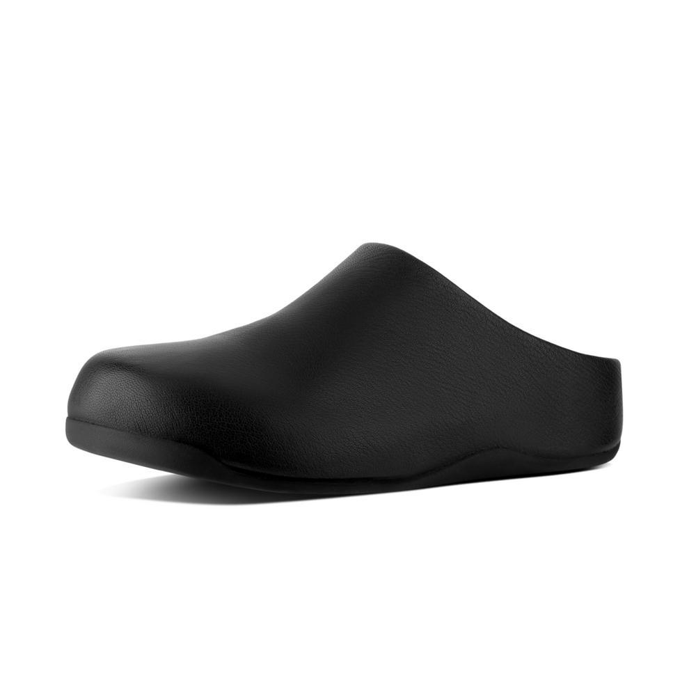 leather black clogs